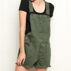 Brandy Melville Overalls!